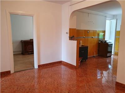 Apartament 3 camere deosebit, 90 mp in Tudor etaj 1